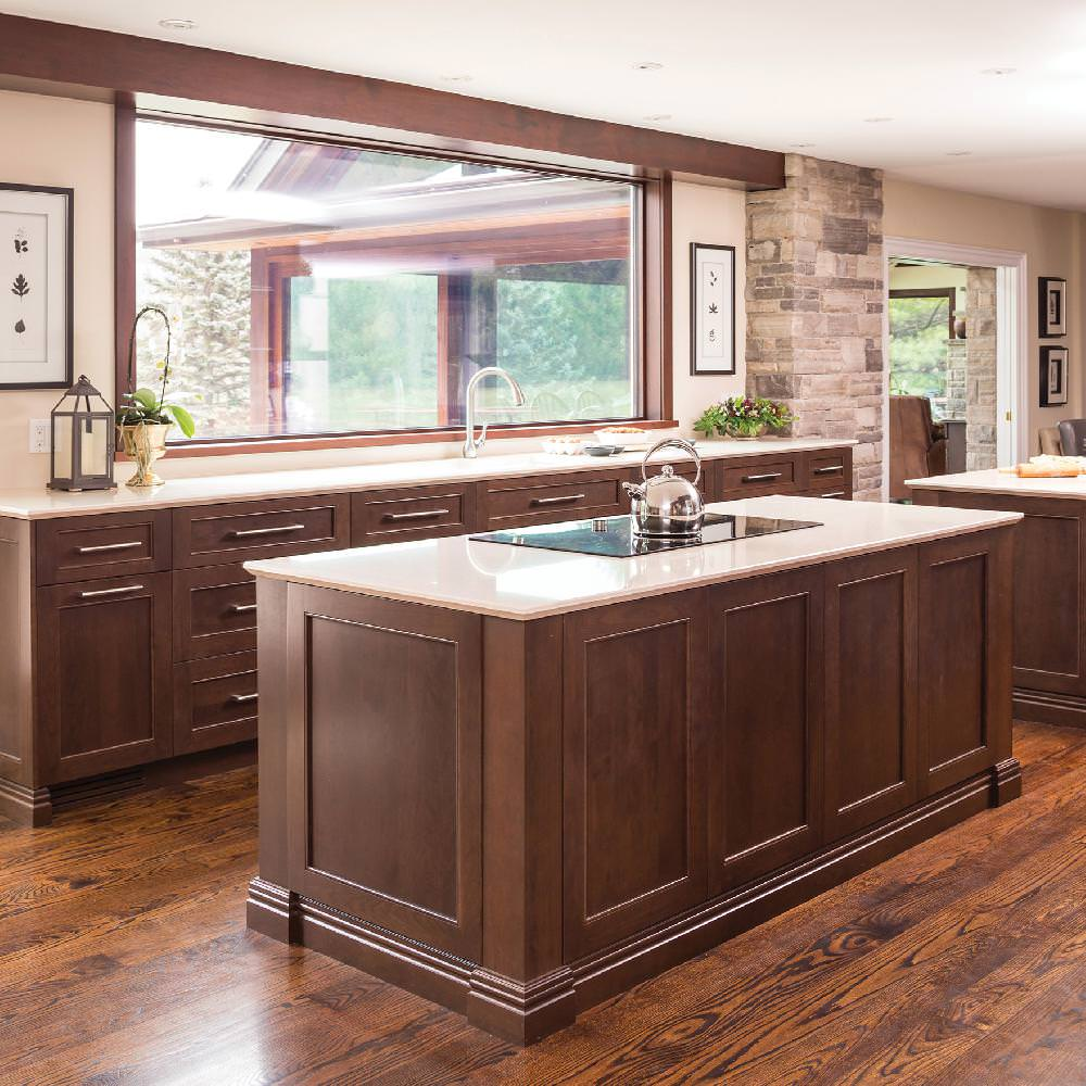 © Design : Paragon Kitchens Limited, Ontario