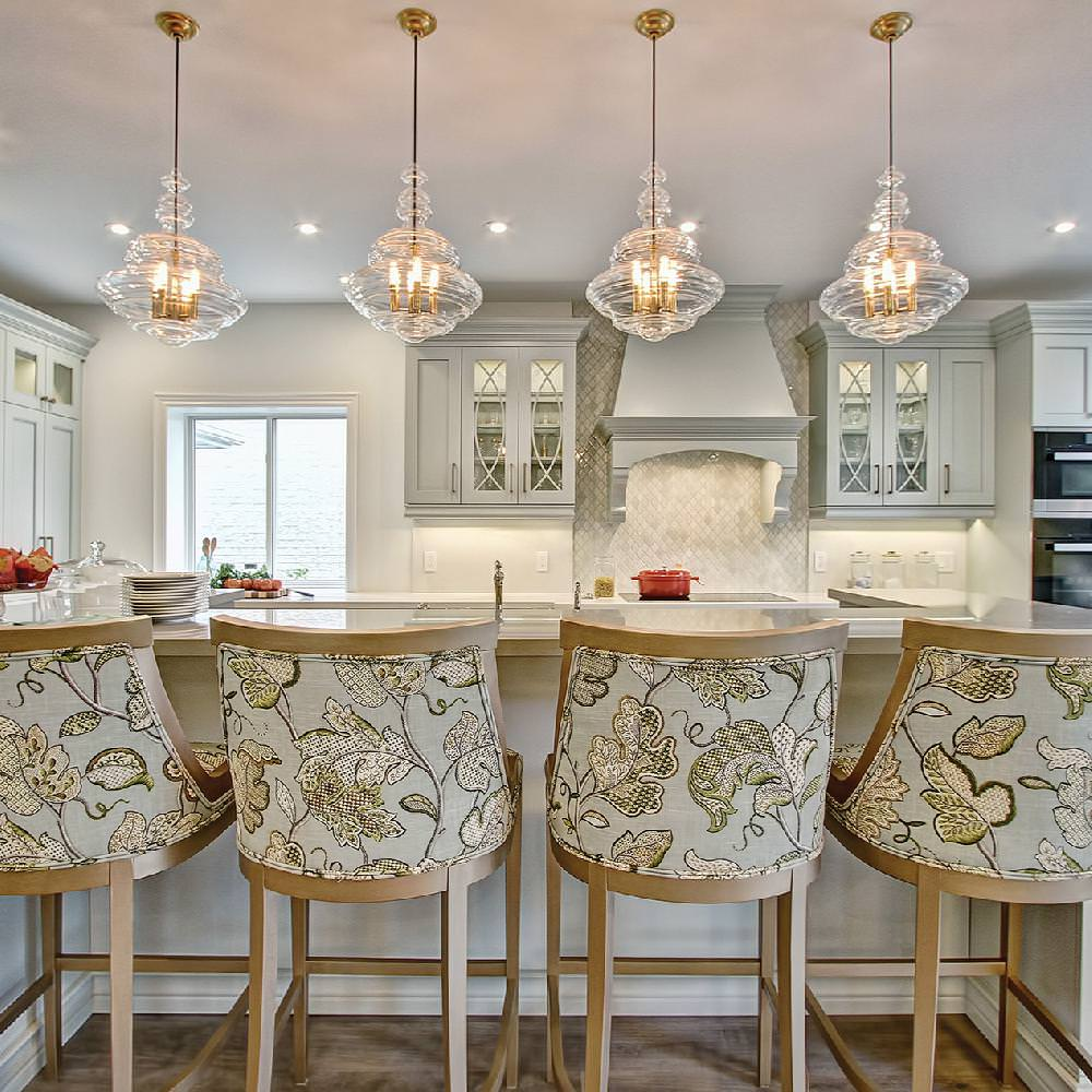 © Design : Square Footage Custom Kitchens & Baths, Ontario